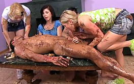 Ladies are watching on their debauched friend is riding her vagina on the yummy dirty penis