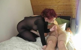 Gorgeous redhead amateur gets hardly banged through the hole in bodystocking